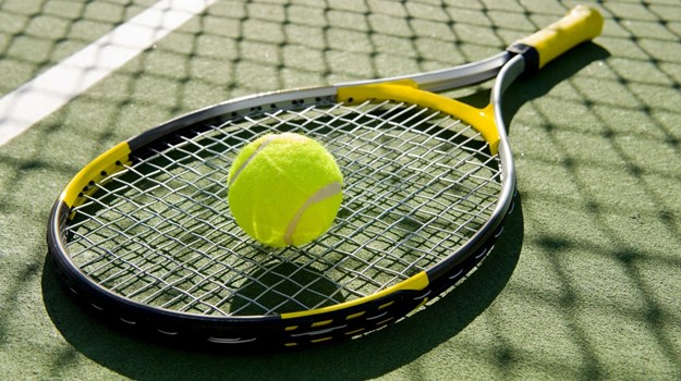 Girls Tennis Sweeps Talawanda